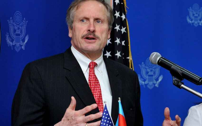US should work with both Armenia and Azerbaijan to open communication action links, Cekuta says