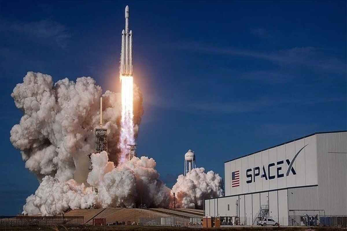 SpaceX set to make history with first all-civilian crew launched into orbit