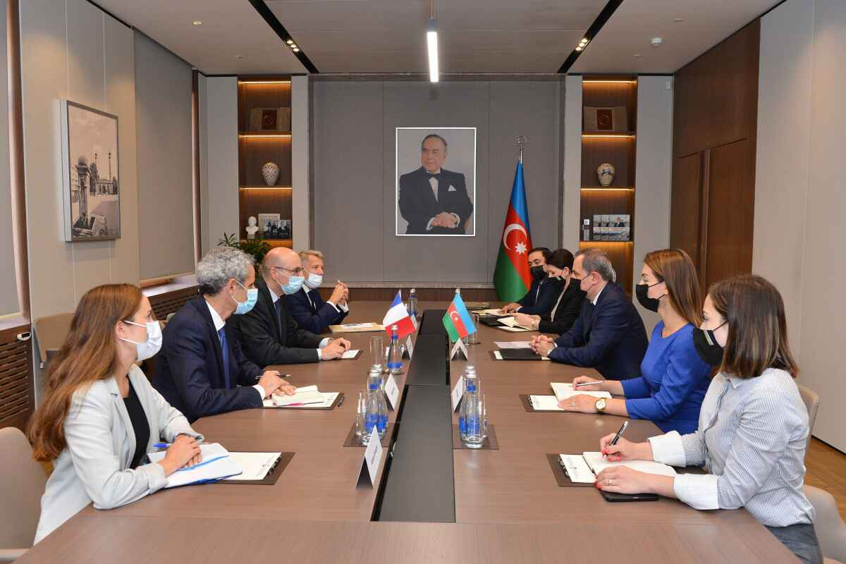 Azerbaijan and France discussed bilateral cooperation